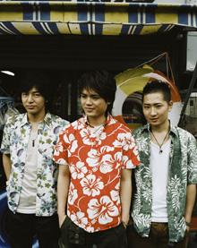 大阪出身の3人組、SunSet Swish