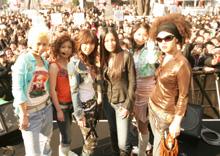 3月に行われたデビュー前のシークレットイベント(新宿ステーションスクエアにて)