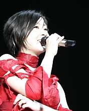 念願のライブハウスでのステージが実現した宇多田ヒカル