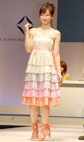 http://www.oricon.co.jp/upimg/news/20071108/49401_200711080038239001194529342c.jpg